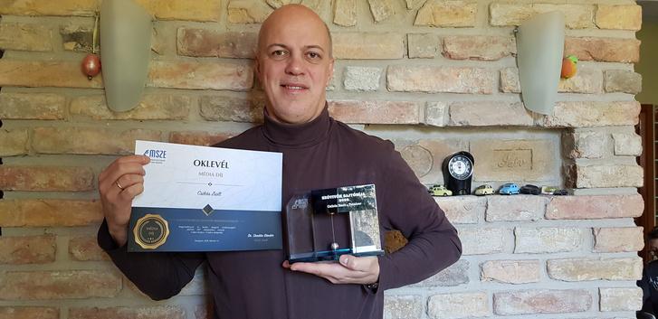Nagyon meglepődtem ezen a díjon, elvégre én csak egy autós újságíró vagyok, semmi világmegváltó dolgot nem teszek