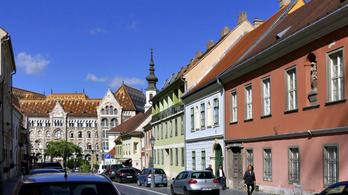 Újjáépítik a Magyar Nemzeti Levéltár egykori tornyát