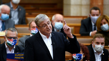 Gyurcsány Ferenc: Magyarország megbillent, bajban van a Fidesz