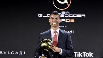 Cristiano Ronaldo lett az évszázad labdarúgója