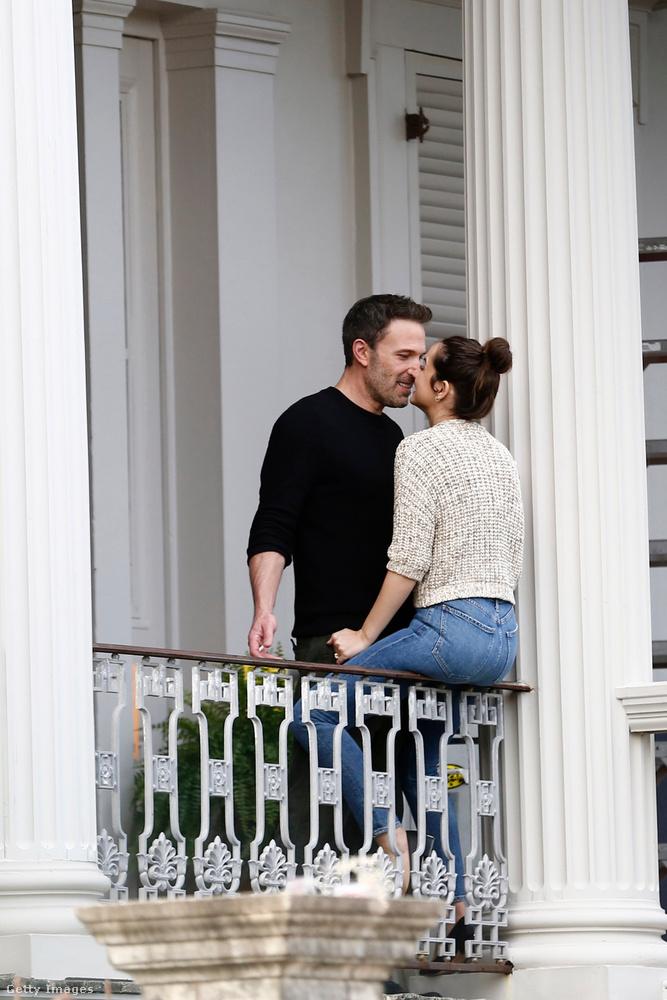 A másik nagy hollywoodi húspiaci fejlemény idén, hogy Ben Affleck és Ana de Armas színésznők is összeszerelmesedtek a thrillerük forgatásán