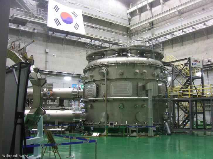 A KSTAR koreai szupravezető tokamak