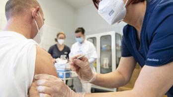 Kétmillió magyar kaphat Pfizer-oltást