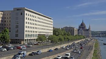 Kiírták a közbeszerzést, kezdődhet a Képviselői Irodaház felújítása