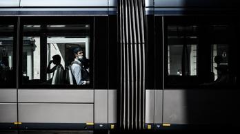Franciaországban leállítanák a tömegközlekedést, csak hogy szilveszterkor ne menjenek ki utcára az emberek