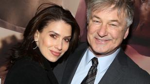 Alec Baldwin felesége úgy tett, mintha spanyol lenne, pedig amerikai