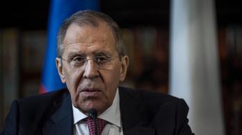 Szergej Lavrov párbeszédet sürget a Líbiában szemben álló felek között