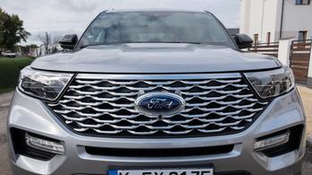 Fura baki miatt hívnak vissza Ford Explorereket