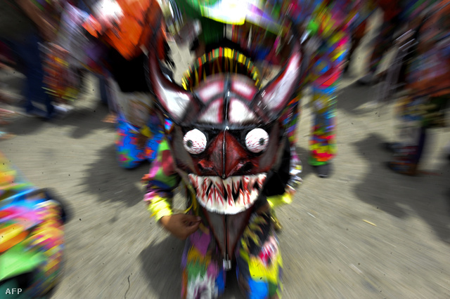 Táncoló ördögök a venezuelai Corpus Christi ünnepén