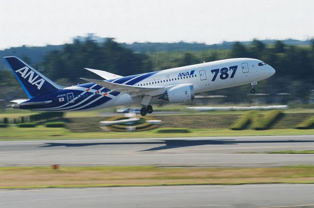 all-nippon-airways-boeing-787-dreamliner-aircraft-takes-off-at-n