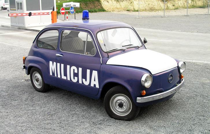 A Zastava 750-esek rendőrségi változatából is megmentettek párat a jugoszláv utódállamokban