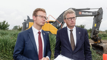 Megkezdődött a tenger alatti alagút építése Dánia és Németország között