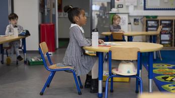 Bezárják az általános iskolákat Londonban a gyorsan terjedő mutáció miatt
