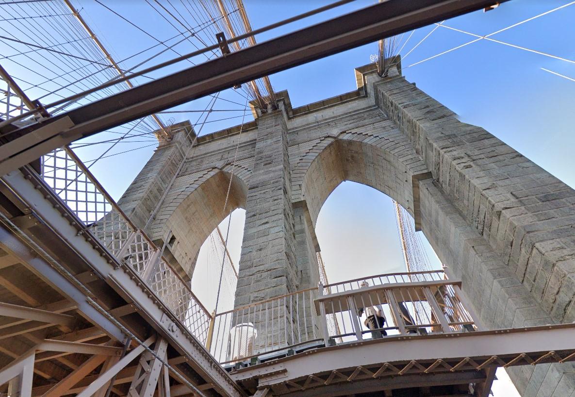 Kitalálod, melyik New York-i kerületeket köti össze az alábbi híd?