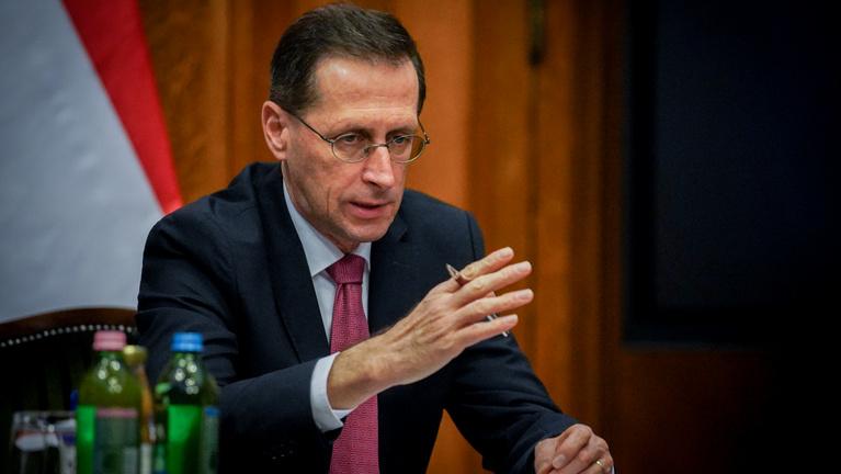 Varga Mihály az Indexnek: A GDP 8 százalékát költöttük a védekezésre