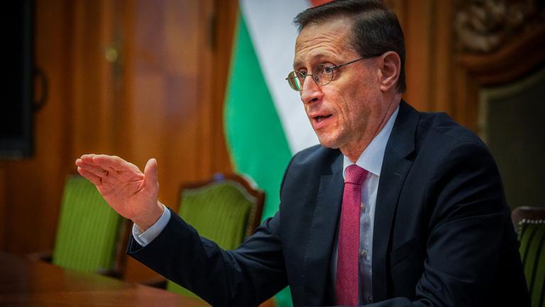Rég nem látott szinten a magyar államadósság