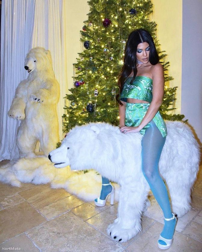 Kourtney Kardashian, akit ottfelejtettek egy medvén?