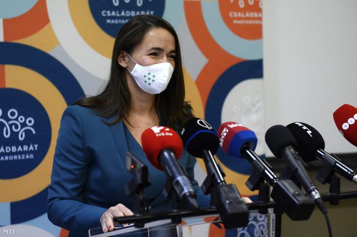 Novák Katalin családokért felelős tárca nélküli miniszter