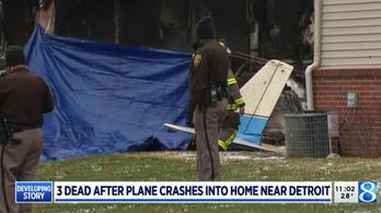 Házra zuhant a repülőgép