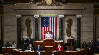 Újraválasztották Nancy Pelosit az amerikai képviselőház elnökének