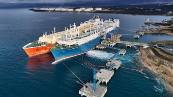 Érkezik az első cseppfolyósított gáz szállítmány Krkből