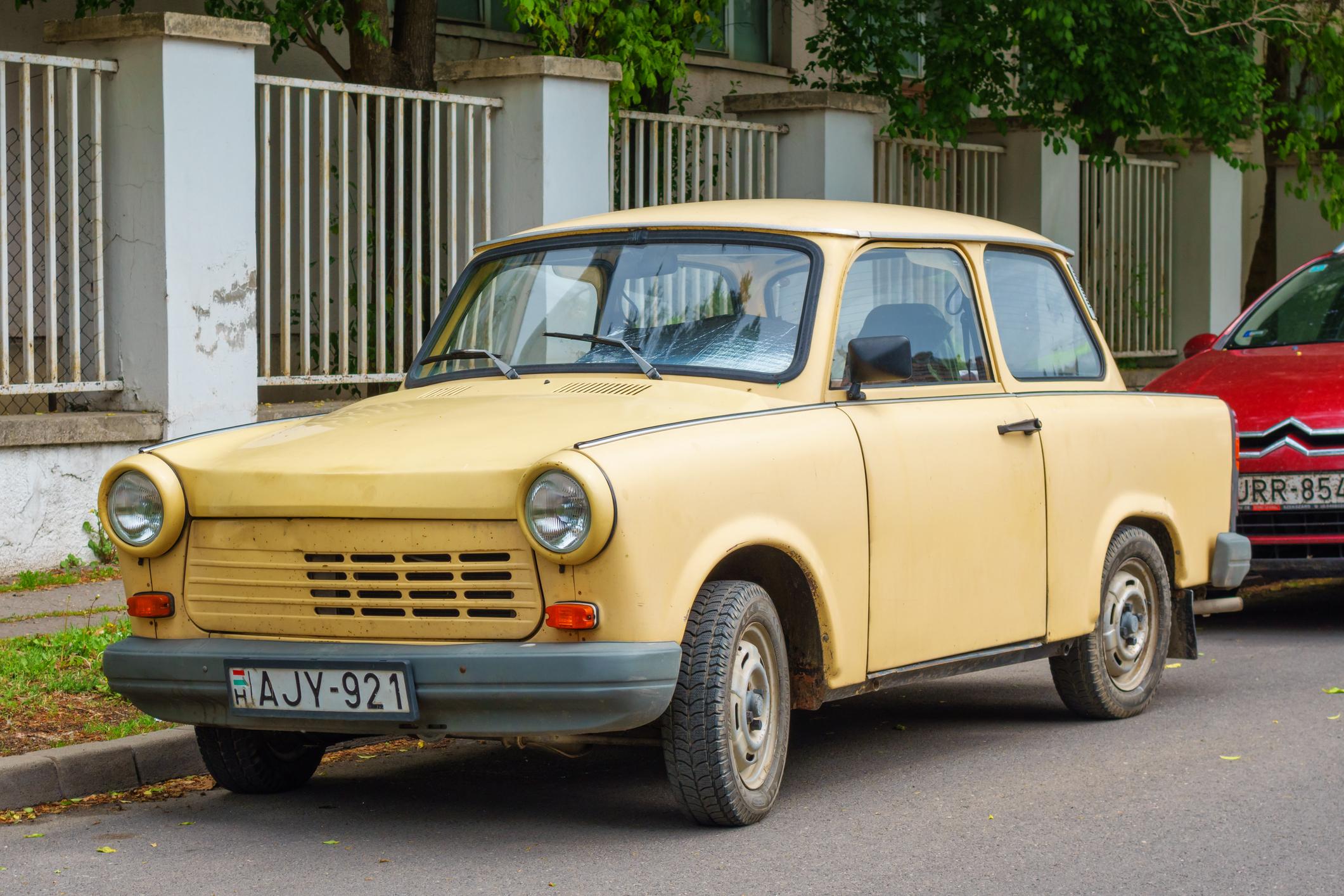 Milyen autó szerepel a képen?