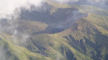 Életre kelhet a Karib-tengeri vulkán