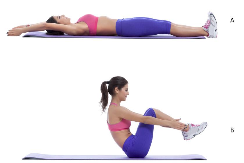 Helyezkedj el a talajon, nyújtsd ki a kezeidet és a lábadat, majd egy mozdulattal emelkedj fel úgy, hogy közben mindkét lábadat a levegőben, egymás mellett tartod. Tartsd meg magad pár másodpercig, majd lassan ereszkedj vissza. 10-szer végezd el a gyakorlatot, két sorozatban.