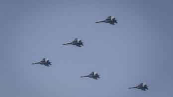 380 alkalommal hatoltak be Tajvan légterébe kínai harci gépek