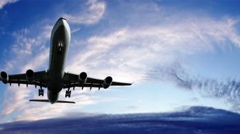 Felére csökkent az európai légiforgalom