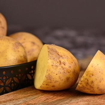 Mi mindenre jó a krumpli a főzésen túl? Takarításhoz is hasznát veheted