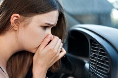 szag kocsi nyitó