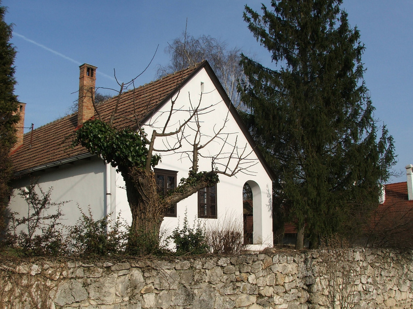 vérteskozma ház