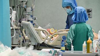 Olaszországban átlépte a 76 ezret a koronavírus halottainak a száma
