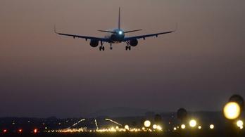A vírus angliai mutációját az érkező reptereken lehet megállítani