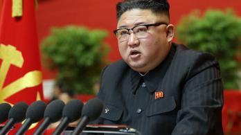 Kim Dzsong Un: Nem teljesültek az előző ötéves terv célkitűzései