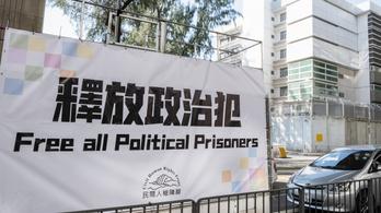 Ellenzéki politikusok, demokráciapárti aktivisták tucatjait vették őrizetbe Hongkongban