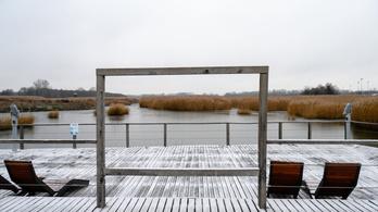 Magyarországra megérkezett a hó, már Sopronban és Veszprémben is esik