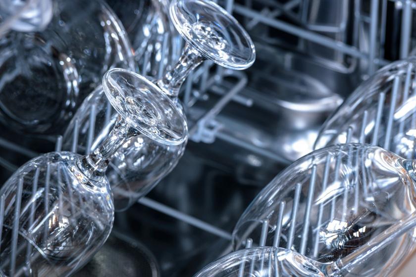 mosogatógép poharak belső ok