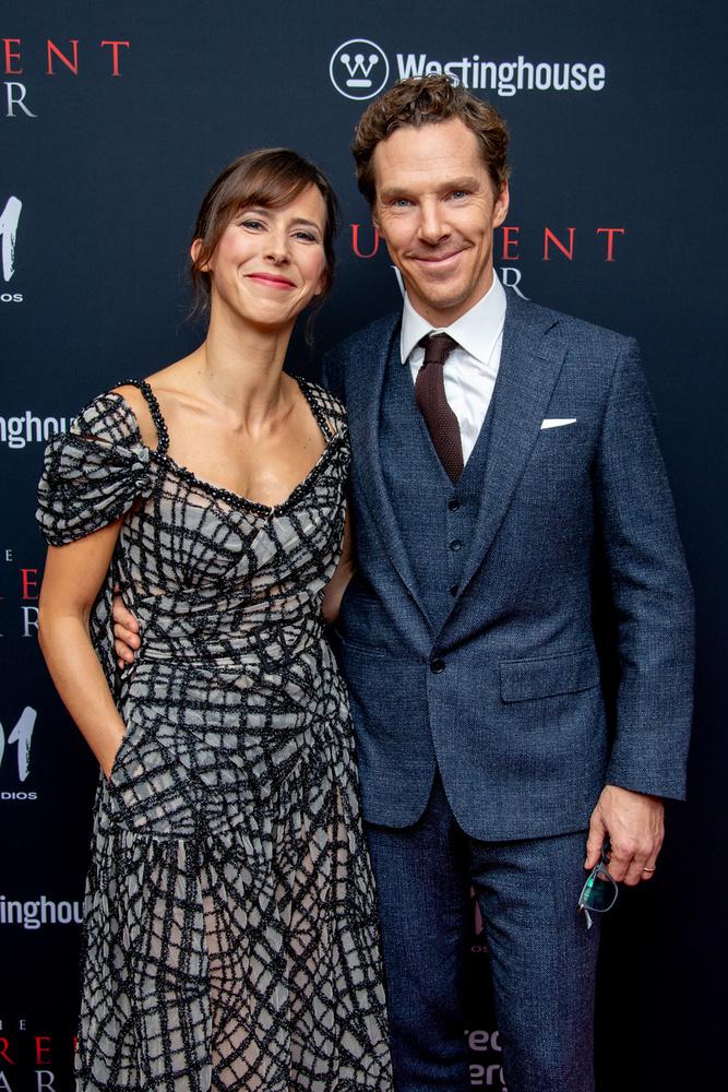 Benedict Cumberbatch és Sophie Hunter 17 év barátság után jegyezték el egymást, 2015-ben házasodtak össze, két fiuk született: Christopher Carlton és Hal Auden.