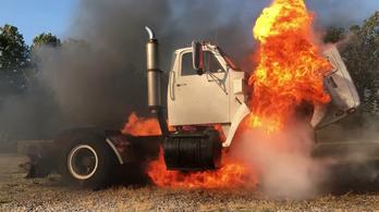 Így kell megölni egy 9 literes dízelmotort