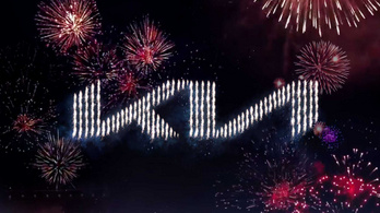 Példátlan tűzijátékkal vezették be az új Kia jelvényt