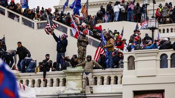 Amerikai elemző az Indexnek: Még 13 napot kellene kibírnunk Trumppal