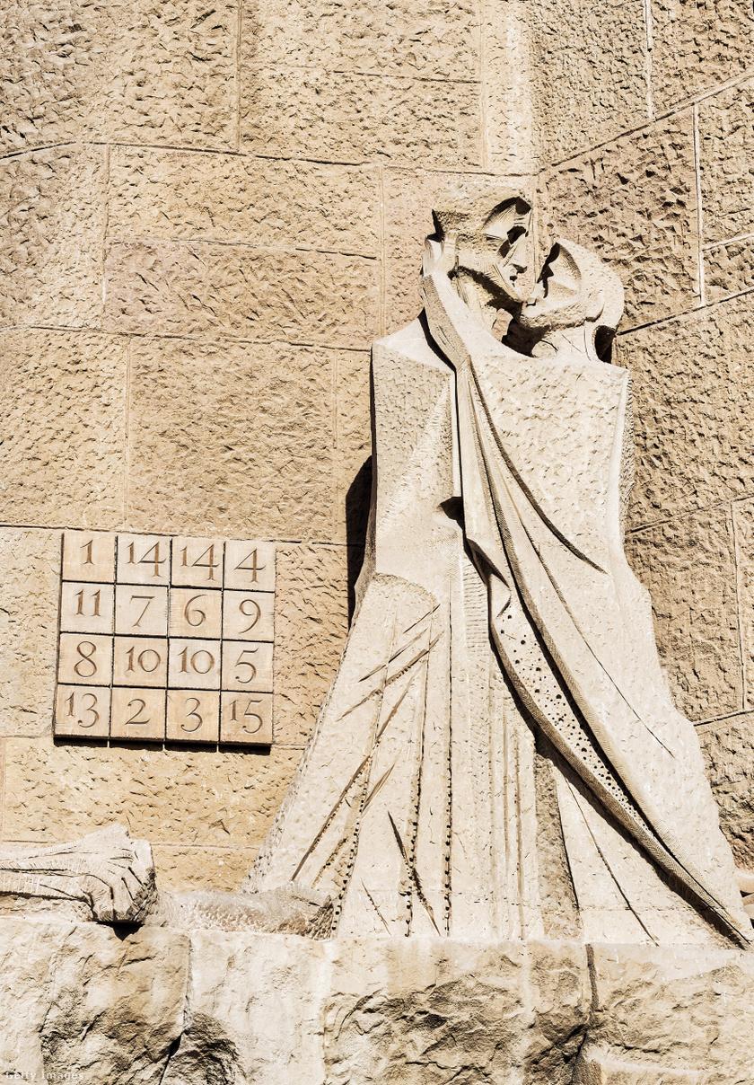 Bűvös négyzet és Júdás csókja.