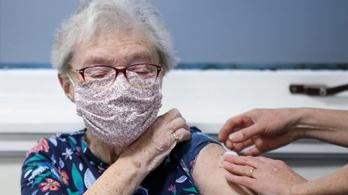 Nem biztos, hogy jó ötlet előre beadni a második adagként félretett vakcinákat