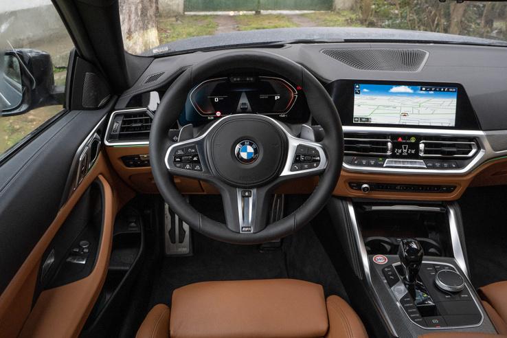 A BMW nagyot megy manapság elegánsan klasszikus belső design terén