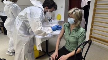 Az idősotthonokban is elkezdődött a koronavírus elleni oltakozás