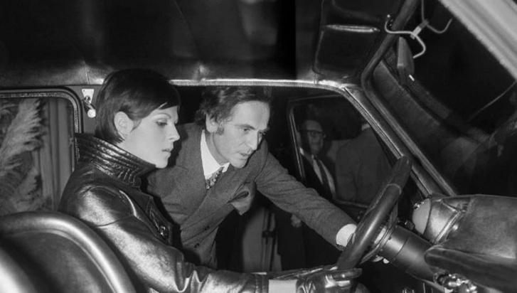 Cardin, a modell és a Simca, avagy a modell és az autó tökéletes összhangja