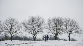 Szeszélyes időjárással fordulunk rá az év első havazására