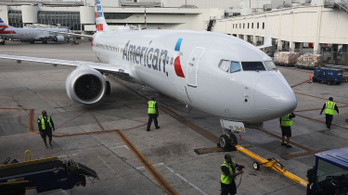 Tragédiák miatt nem repülhetett a géptípus, de most újra engedélyt kapott